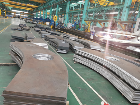 Steel plate cutting method and steel plate cutting price